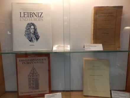 Leibniz Galerie1